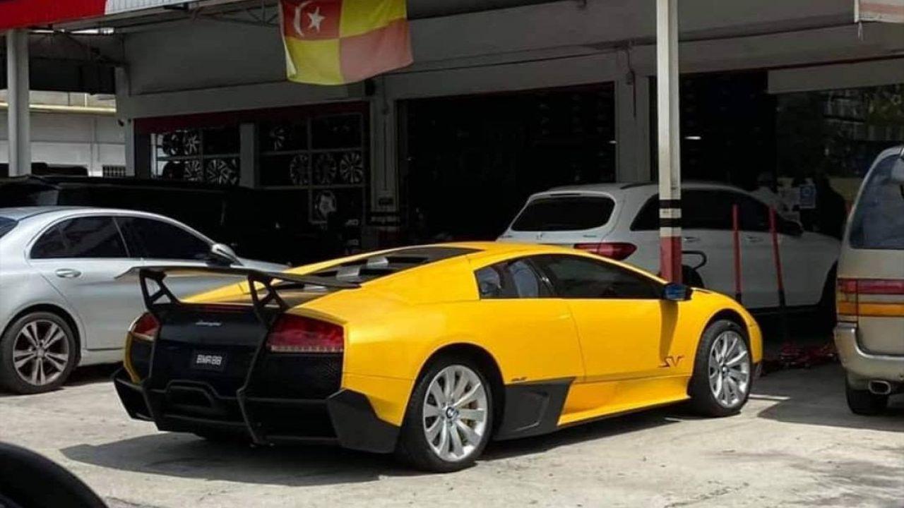 Una Lamborghini Murcielago va in giro coi cerchi di una BMW: come mai?