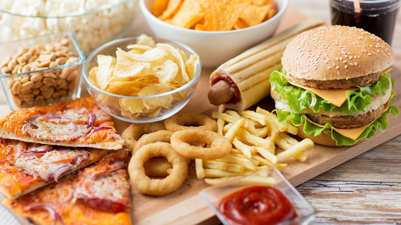 Una semplice modifica nei menù dei fast food potrebbe fare la differenza: ecco quale
