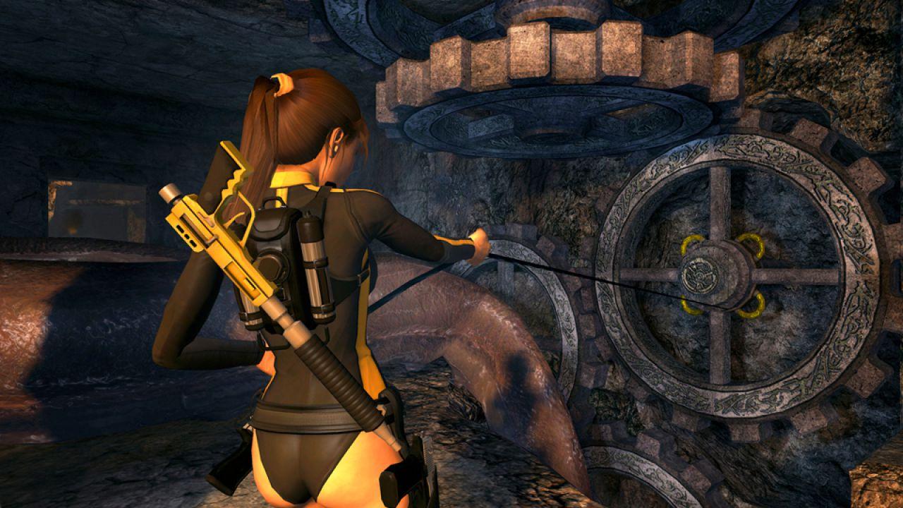 Una statua di Lara Croft da 260 dollari