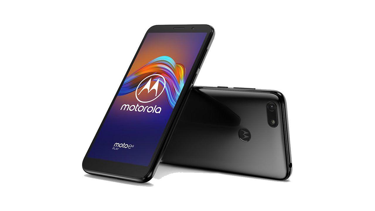 Unieuro Back To School: Motorola Moto E6 Play in offerta, Amazon rilancia