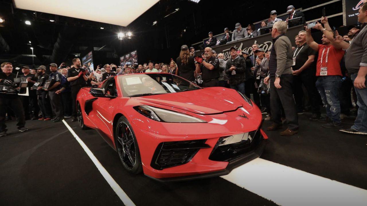 Venduta all'asta la Chevrolet Corvette Stingray C8 numero 001 per 3 mln di dollari