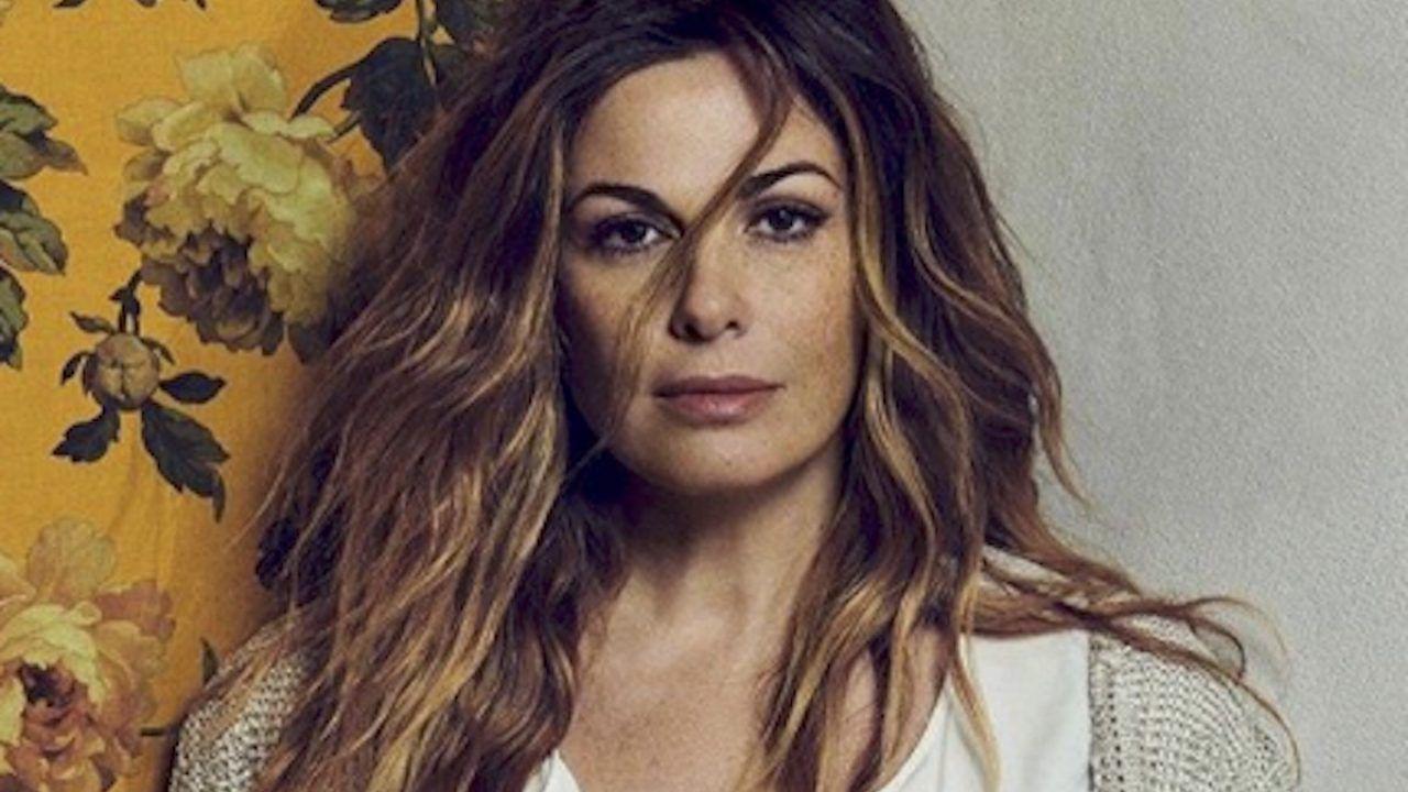 Venessa Incontrada si mette a nudo su Vanity Fair: 'Nessuno mi può giudicare'