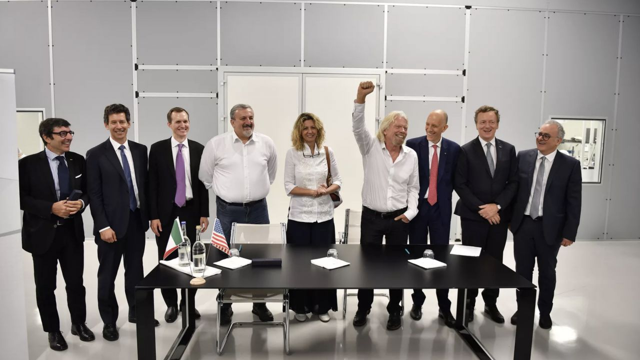 Virgin Galactic: accordo con due società italiane per lo spazioporto di Grottaglie