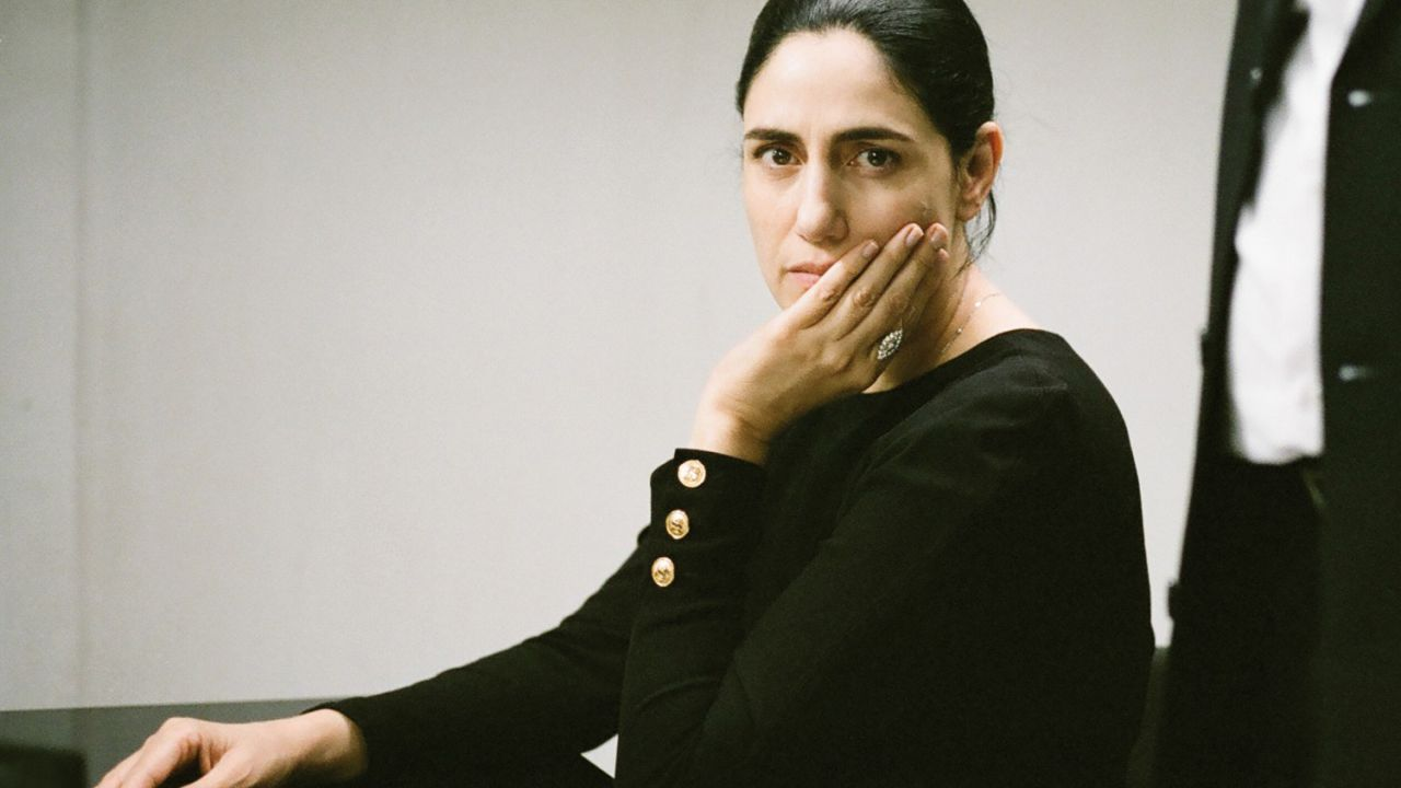 Viviane: manifesto e trailer del film di Ronit e Shlomi Elkabetz in uscita il 20 novembre