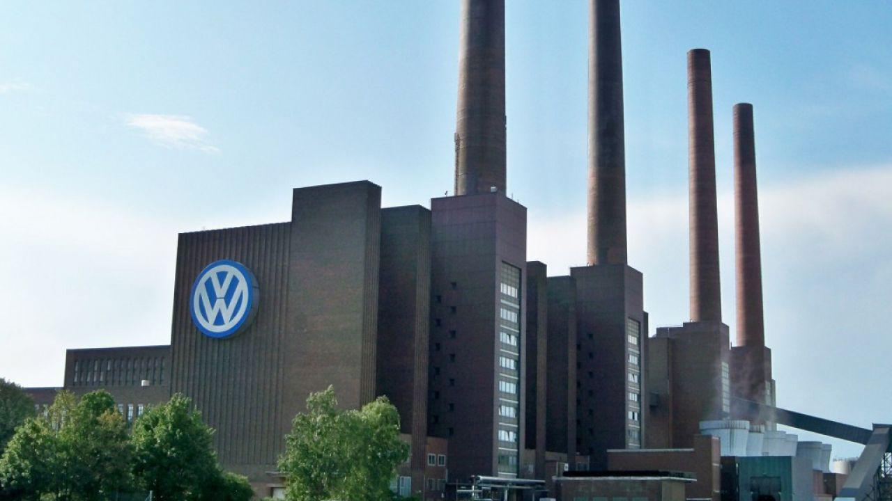Volkswagen dovrà dare ai cittadini tedeschi 830 milioni di euro