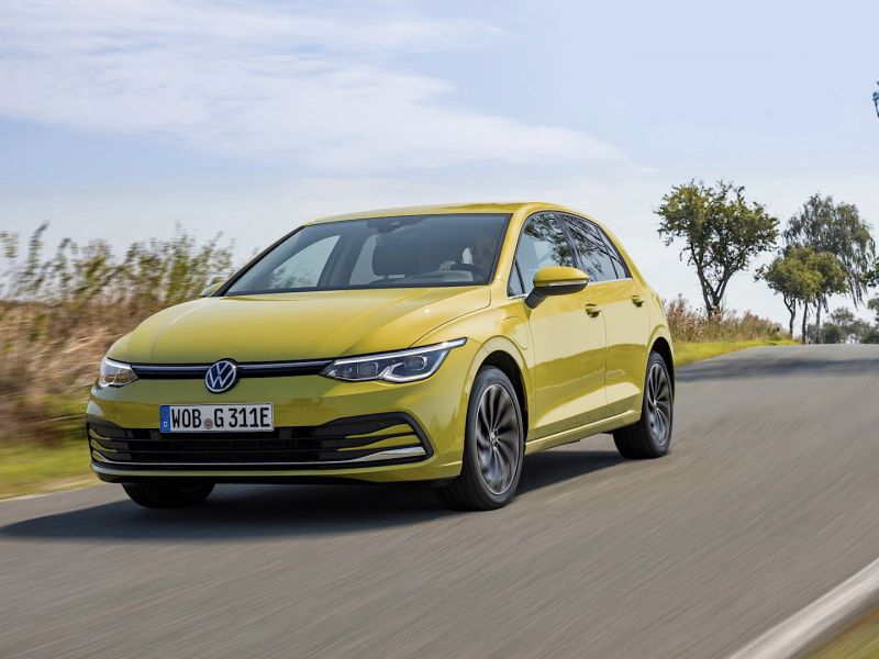Volkswagen richiama 56.000 Golf 8 per un problema software