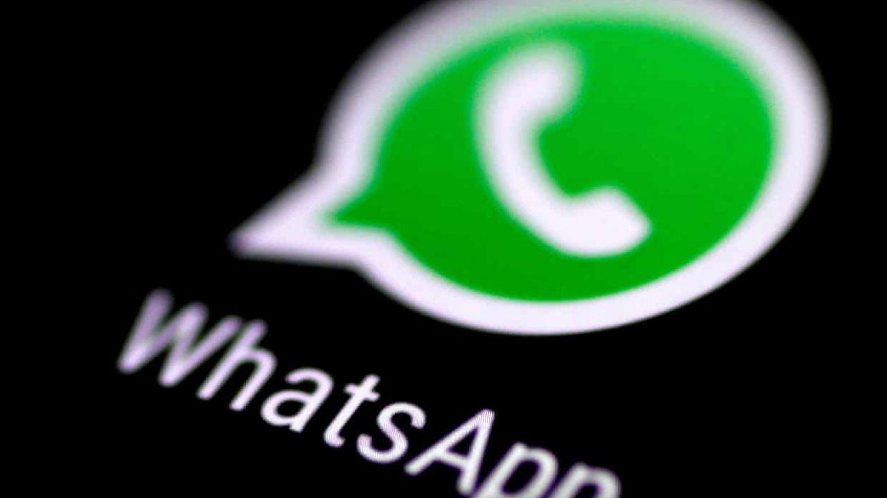 Whatsapp, continua il fuggi fuggi: persi milioni di utenti