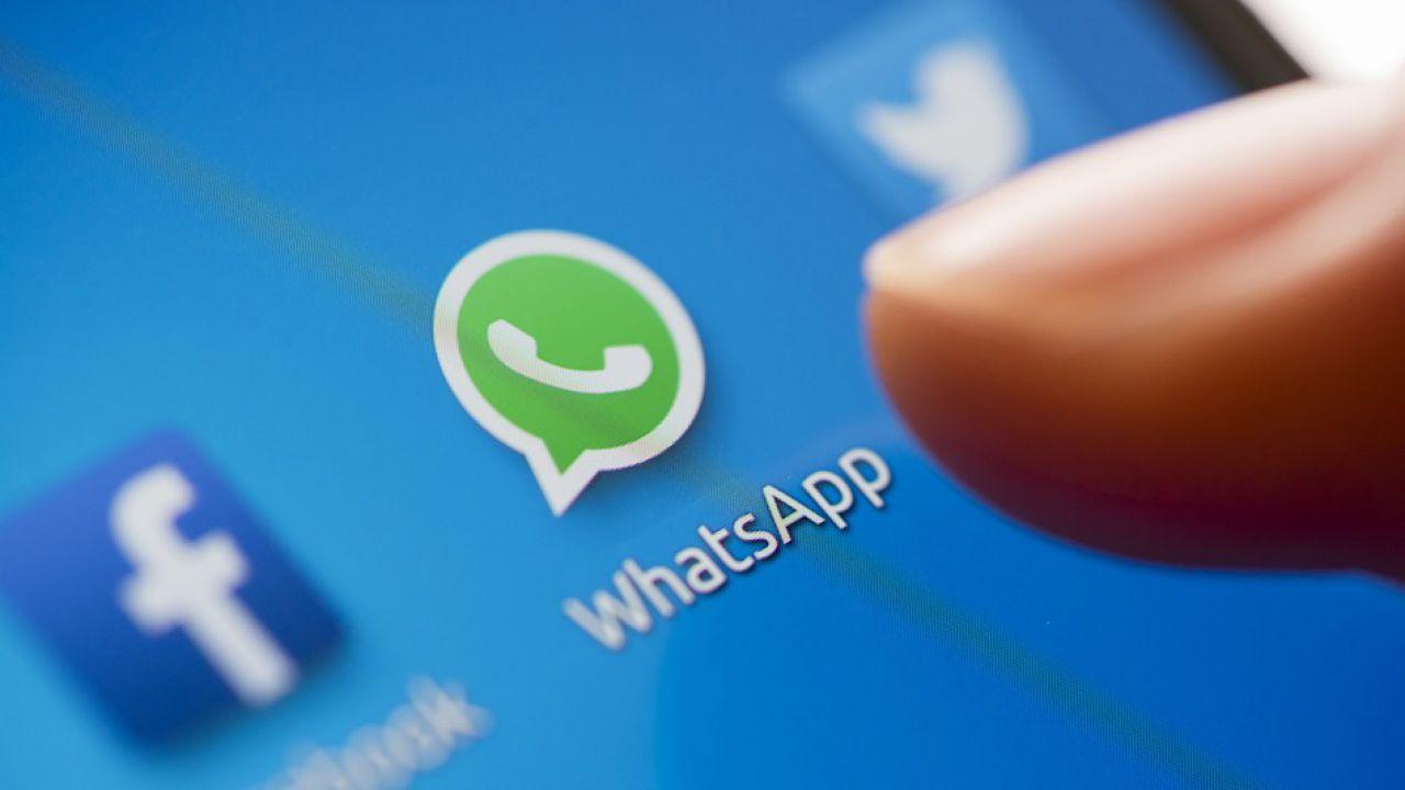 WhatsApp si aggiorna: arrivano disegni, testi ed emoji su foto e video