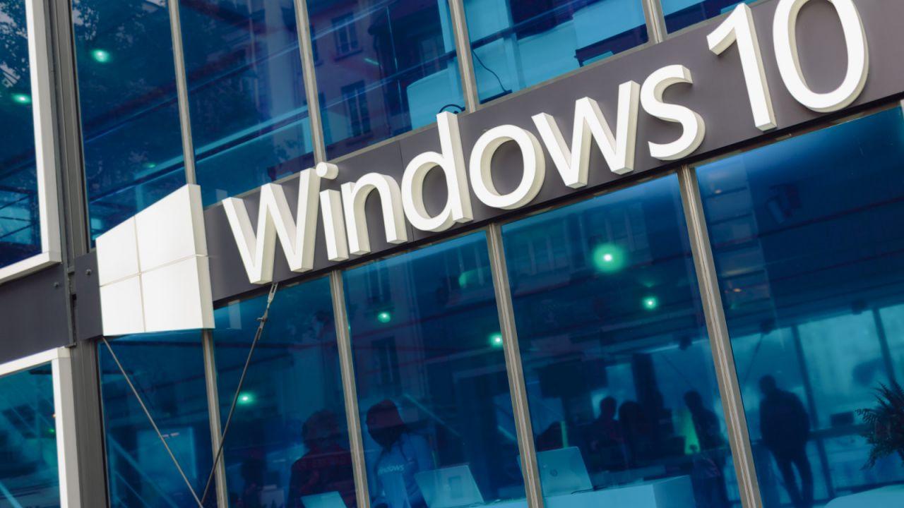 Windows 10 di nuovo nella bufera per la privacy degli utenti