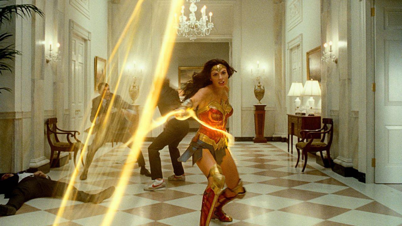 Wonder Woman 1984: nuovo esplosivo spot per il film con Gal Gadot in arrivo in streaming