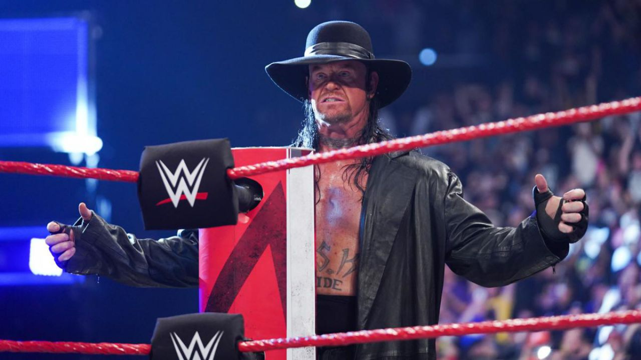 WWE, Undertaker svela un inquietante dettaglio del match con Brock Lesnar a Wrestlemania