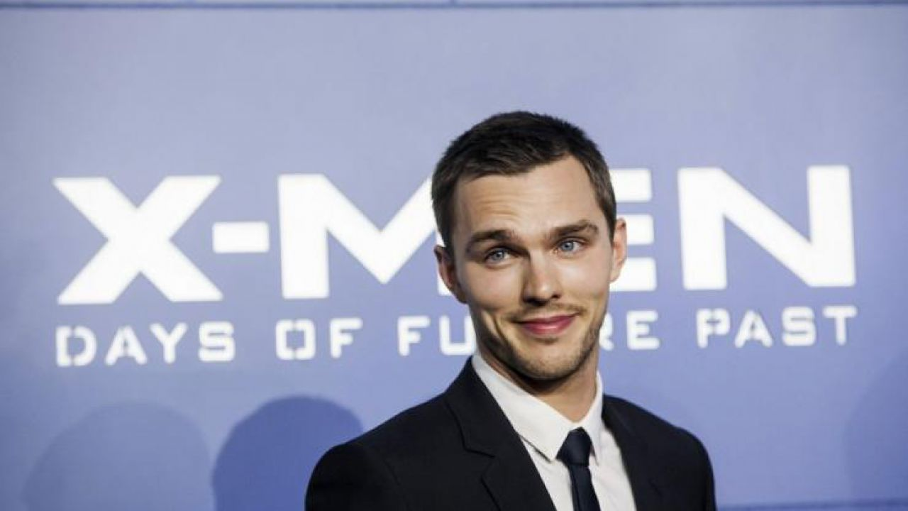 X-Men, Nicholas Hoult: 'Ho ottenuto il ruolo imitando I Griffin'