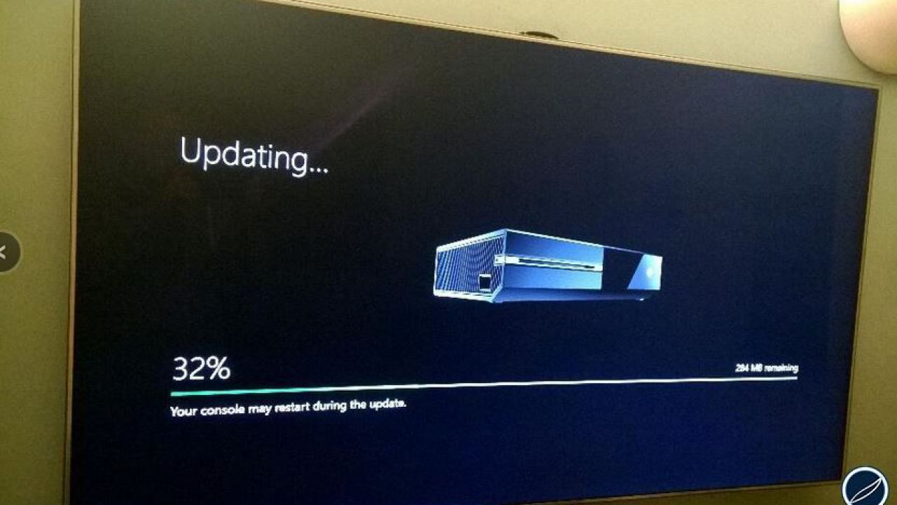 Xbox One: Carl Ledbetter risponde alle critiche sul design della console