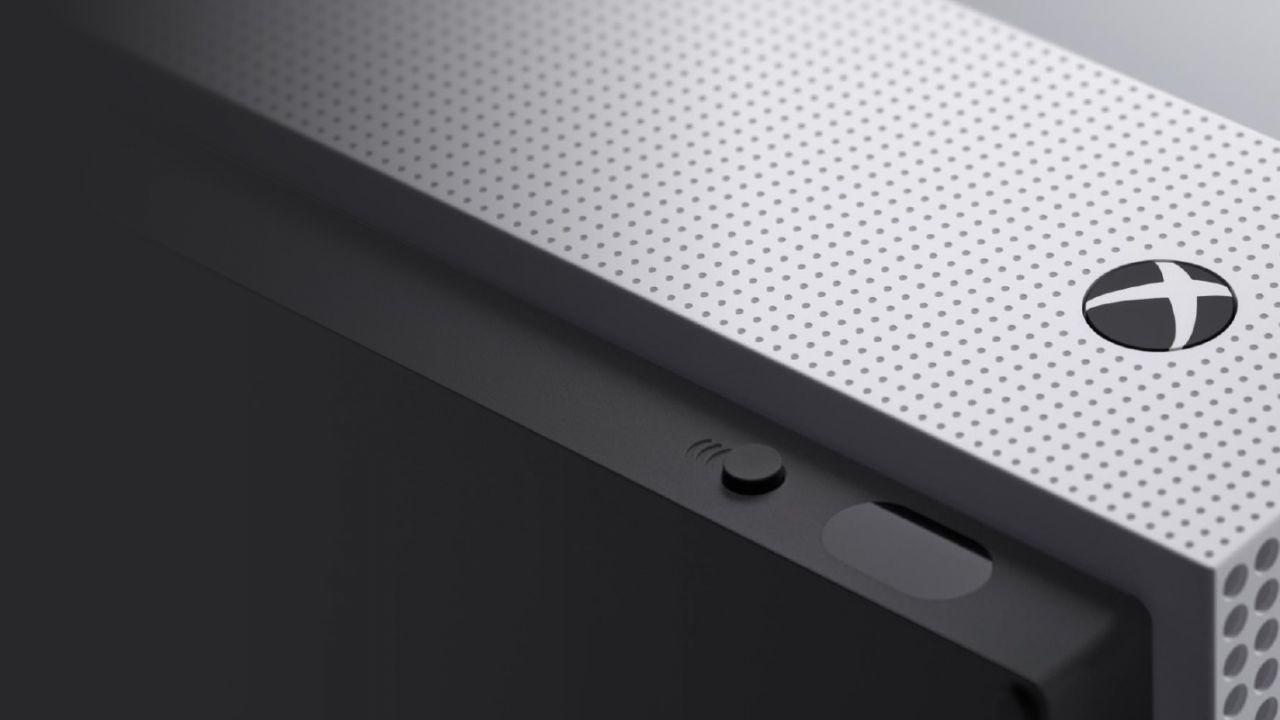 Xbox One S è già esaurita in UK