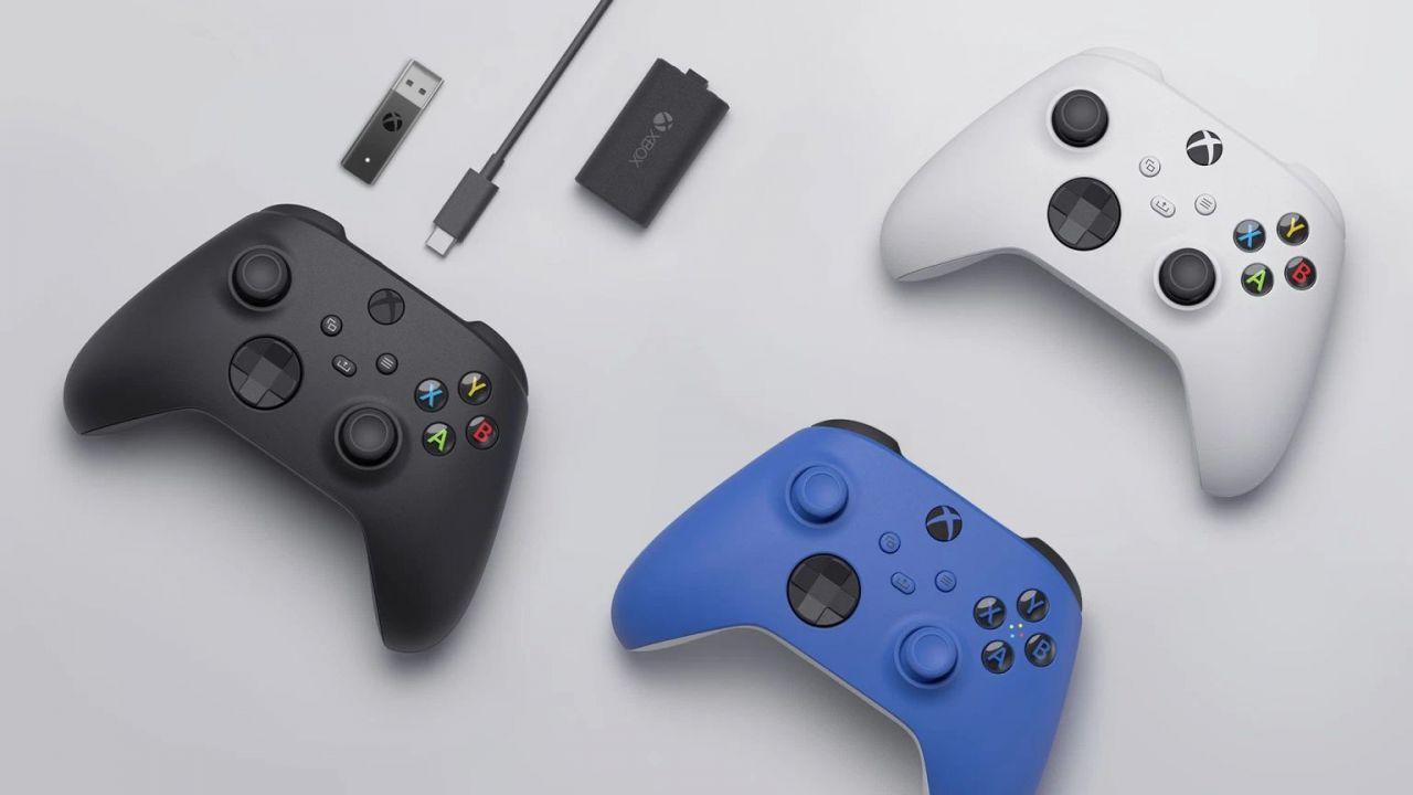 Xbox Series X/S: arriva il pad di colore blu, presto disponibili i bundle per PC