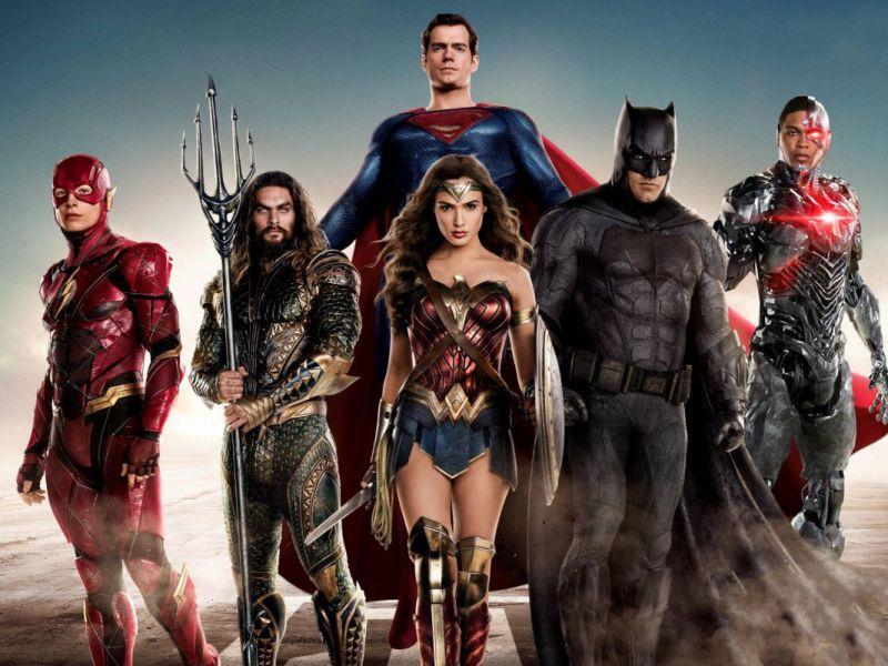 Zack Snyder svela la trama di Justice League 2: 'Tutto ambientato nel futuro Knightmare'