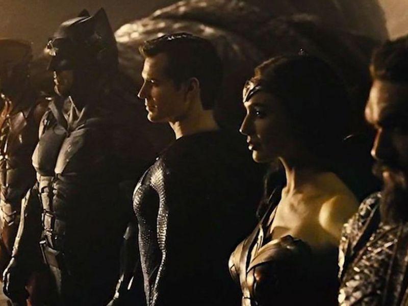 Zack Snyder ha svelato i titoli dei mai realizzati Justice League 2 e 3