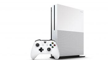 Xbox One S: annunciati i bundle di Halo 5 e Madden NFL 17