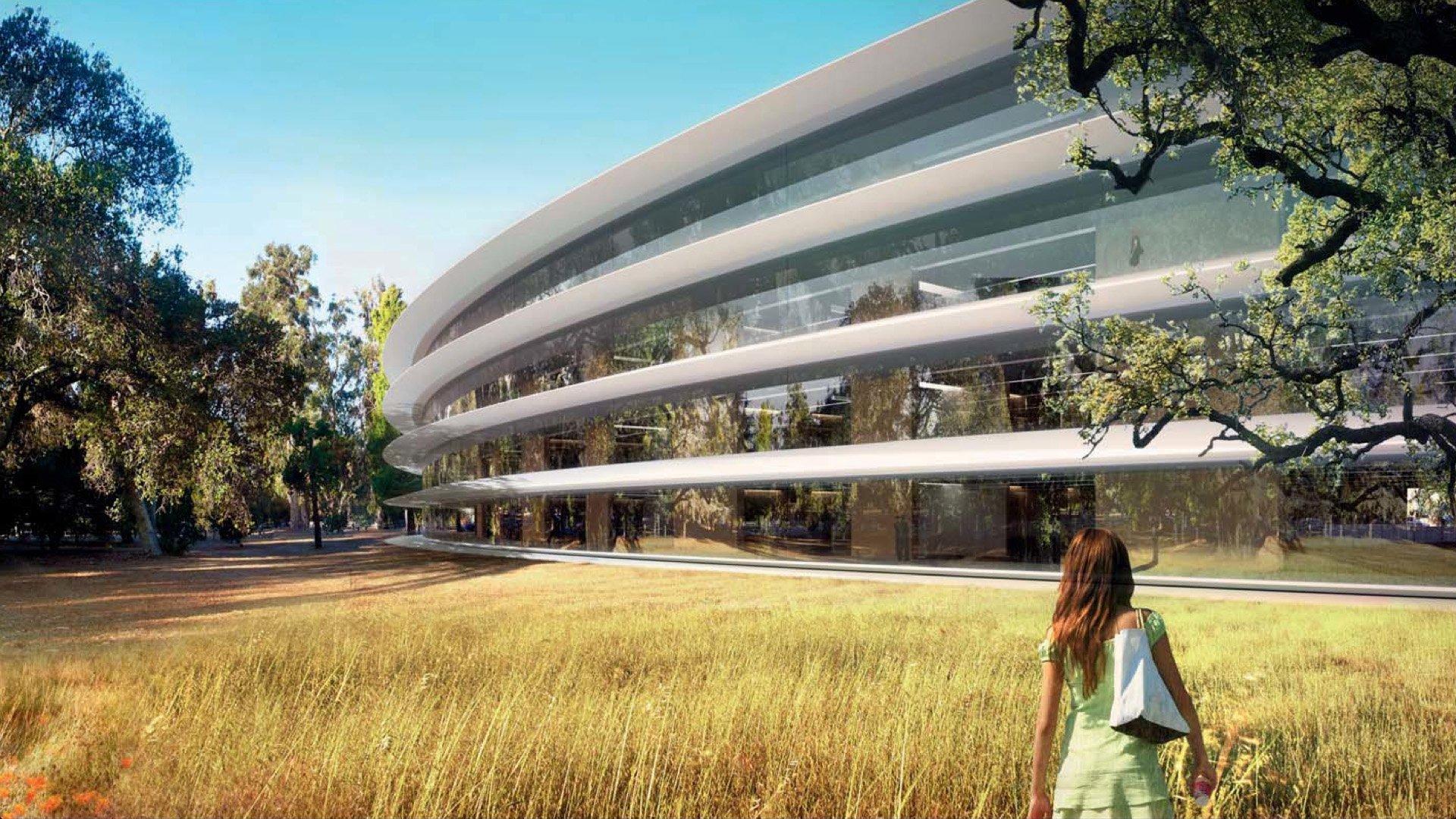 Dalle immagini e dai video effettuati con i droni sul cantiere dell Apple Campus 2 di Cupertino ¨ chiaro che ci² che di spettacolare ¨ stato mostrato dai