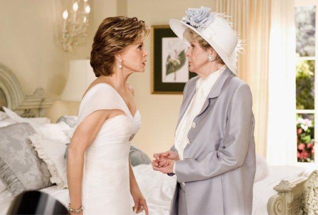 Vestito Da Sposa Quel Mostro Di Suocera.Quel Mostro Di Suocera La Recensione Del Film Con Jane Fonda E