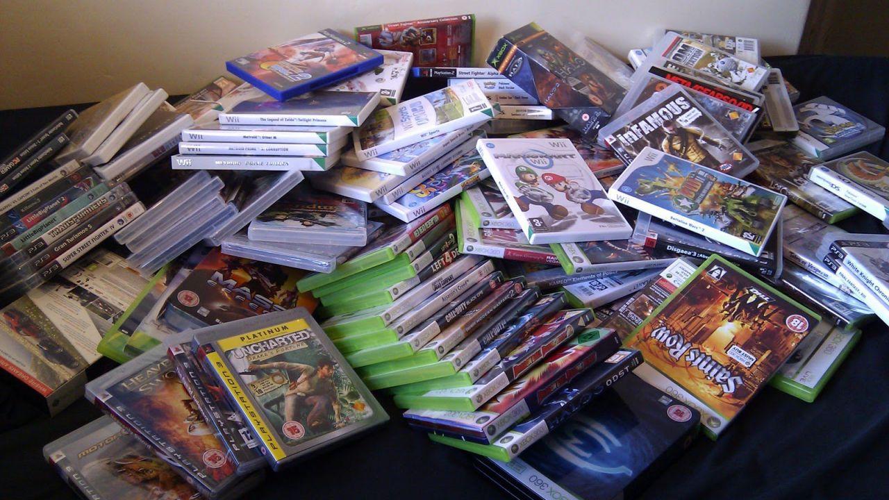 Sondaggio - Videogiochi scatolati o digitali: cosa preferisci acquistare?
